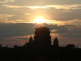 西楼門からの日の出
