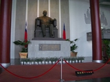 孫文の座像