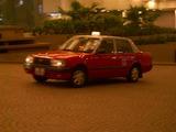 赤色タクシー