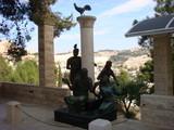 イエスの銅像