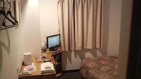 nagoya_iwakura_station_hotel_room