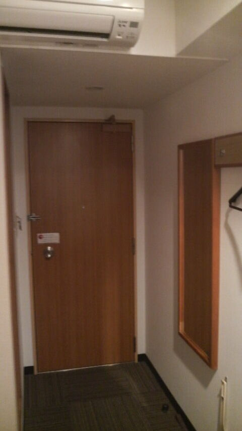 nagoya_iwakura_station_hotel_door