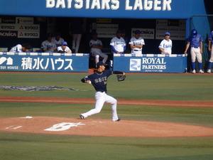 吉田一将投球