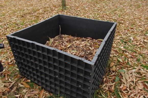 R-PB286312堆肥作り