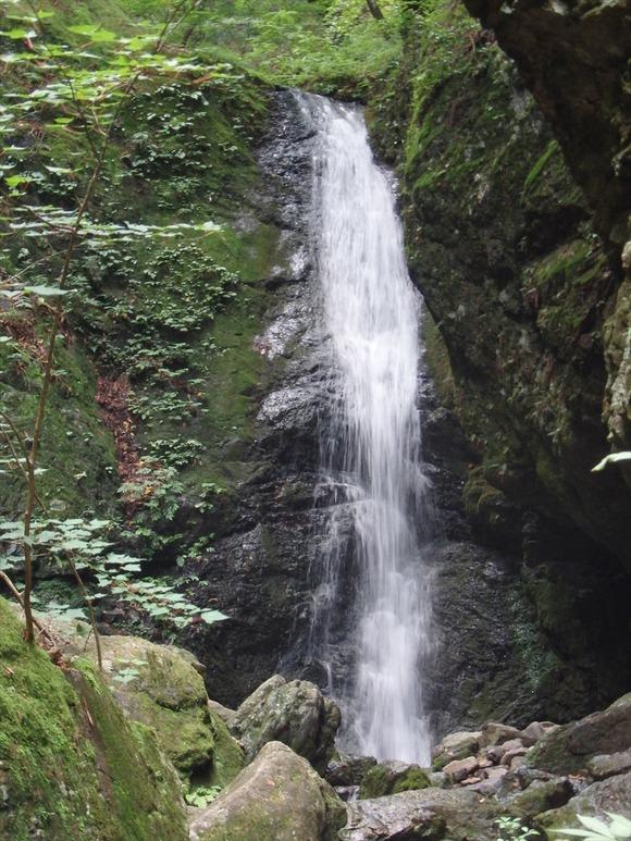 R-P7130518綾広の滝