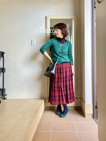 20211023 Angeliebeのマタニティスカートを再利用、赤と緑のリンクコーデ