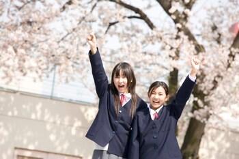 女子中学生の水着おっぱい