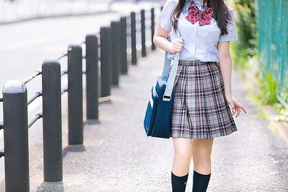 女子高生の足の裏