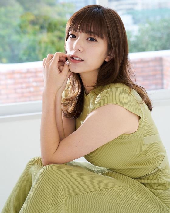 三谷紬アナの胸