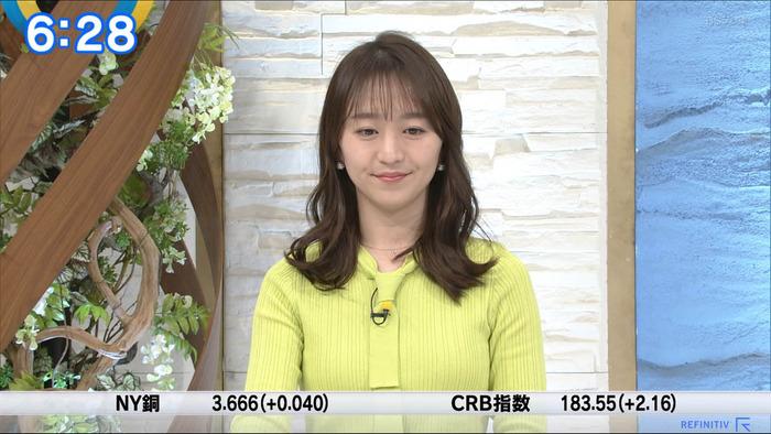 片渕茜アナの巨乳
