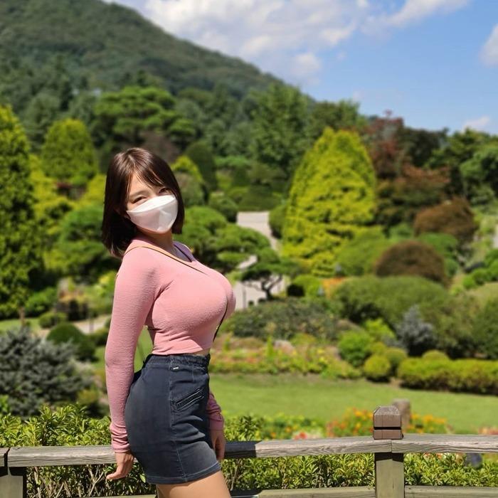 韓国人インスタグラマーの巨乳