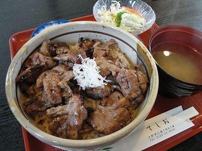 サフォーク丼