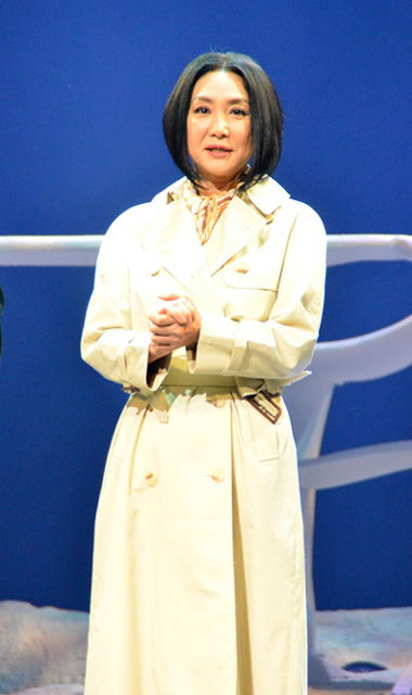 浅野温子 舞台「雲のむこう、約束の場所」