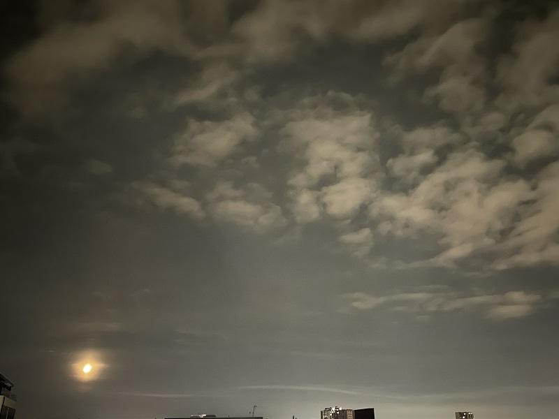 moon20210916