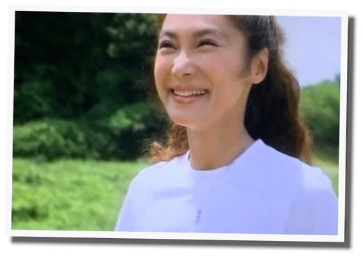 素敵な笑顔する浅野温子 白Tシャツ #ダイヤモンドの恋