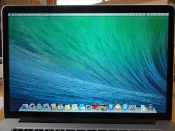 Macbookproがやってきた。