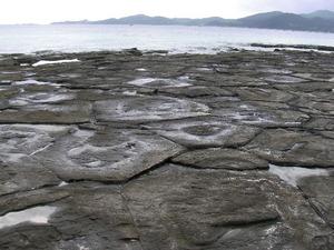 久米島 奥武島 畳石