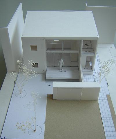 小さな家 外部模型写真