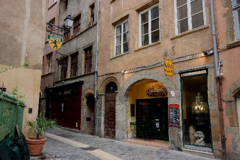 フランス旅行:リヨン旧市街の街並み