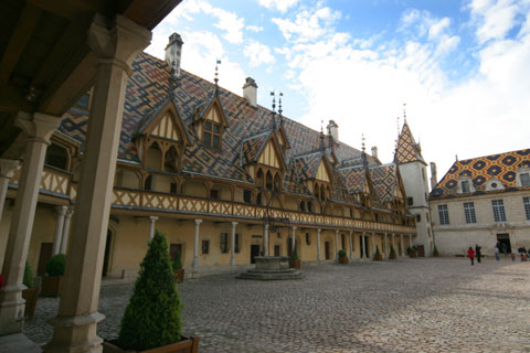 フランス旅行:ボーヌのオテルデュー