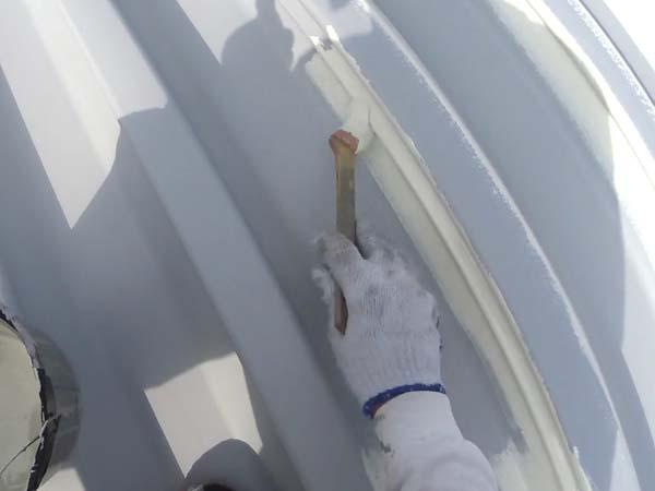 刷毛塗り 折板屋根塗装