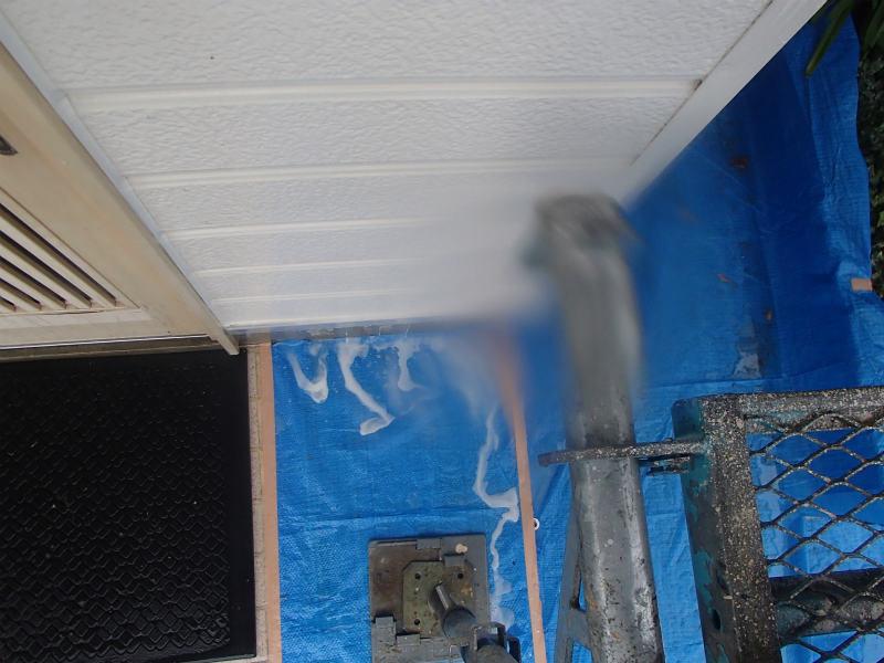外壁塗装 チョーキング除去  手洗い