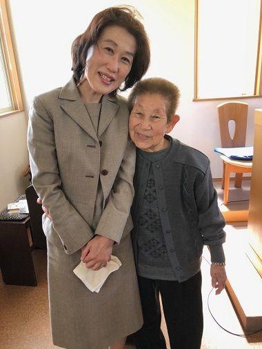 おばあさんと山崎さん