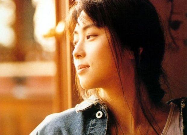 髪のアクセサリーが素敵な坂井泉水さん