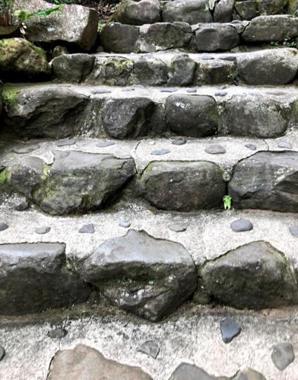saga_trip_yutokuinari_stairs