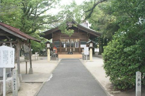 産宮神社9