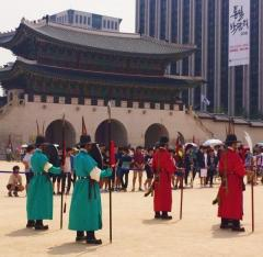 正気失い狂乱する「文韓国大統領」ウォンは年初来安値更新か!?