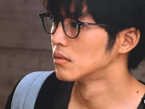 【朗報】ワイ視力0.06民、メガネを作った結果wwwwwwwwwwww
