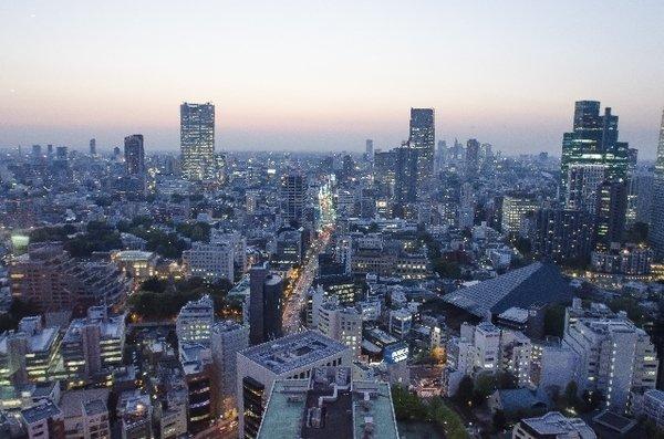 【悲報】しゃれにならない深刻さ、日本の消費が危ない 日本の家計はギリギリの状況 実質消費支出は21カ月連続のマイナス