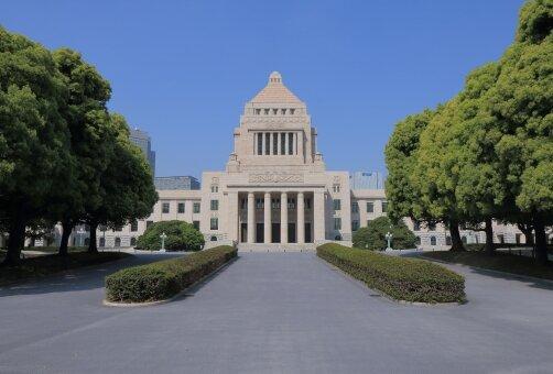 日本政府「いつもの正月とは違うんやぞ?このまま行けば緊急事態宣言」