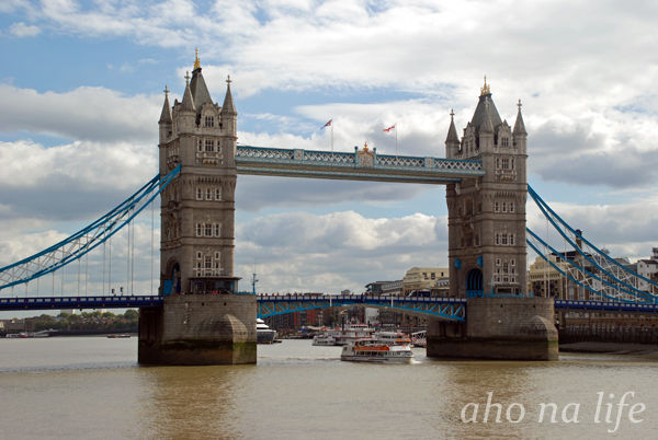 TowerBridge01