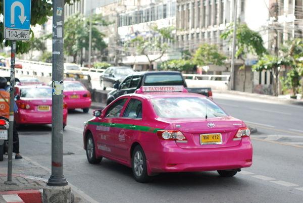 0916タクシー