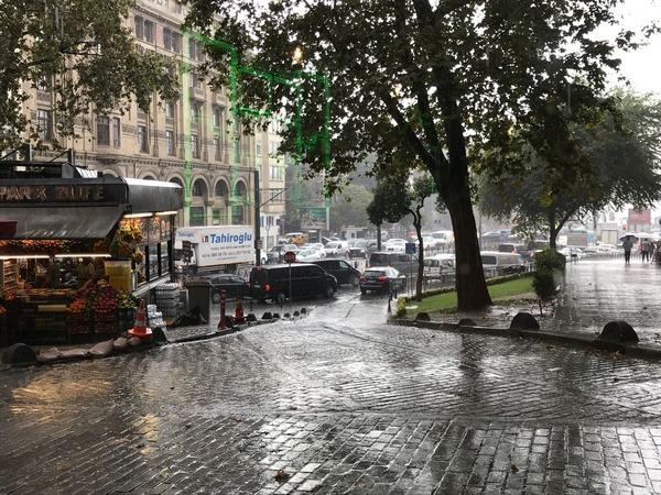 街並み04雨