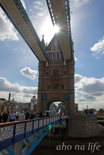 TowerBridge02