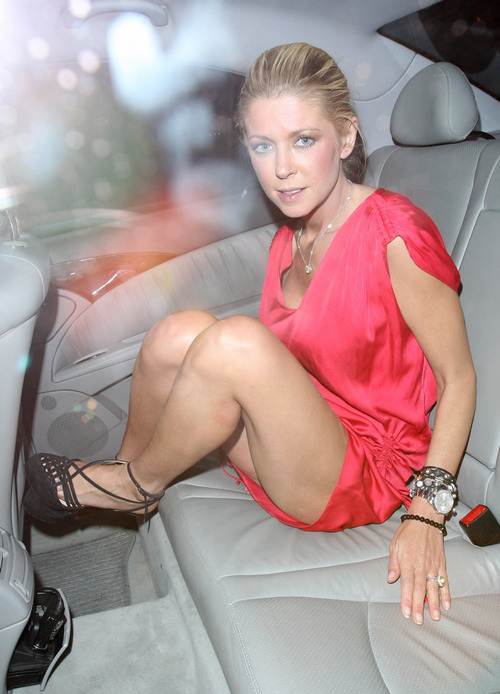 Tara Reid leaving C London restaurant Major Upskirt (6)