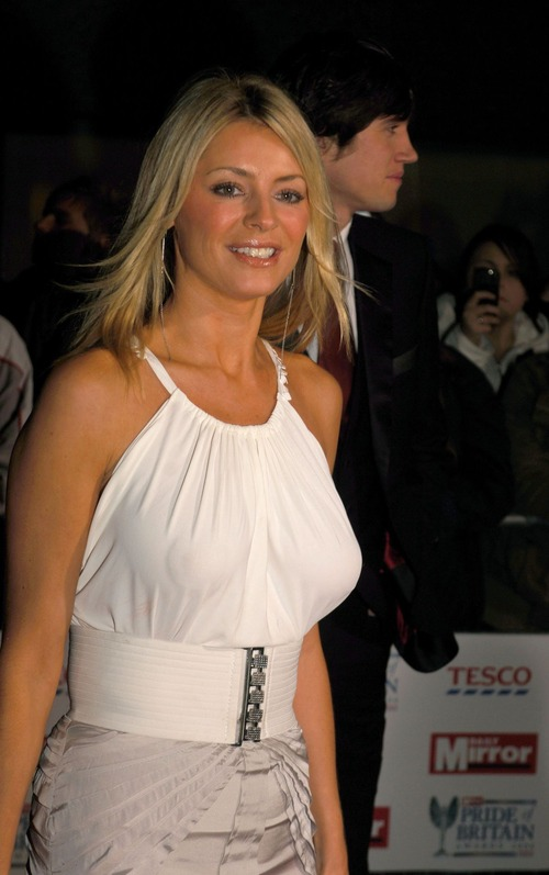 tess_daly_daily_mirror_pride_of_britain_awards_p_ball8