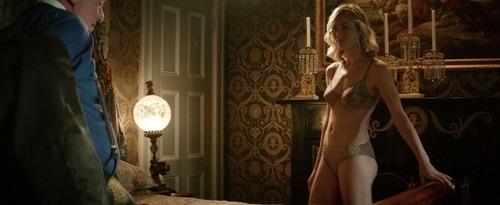 Yvonne-Strahovski-Nude-14