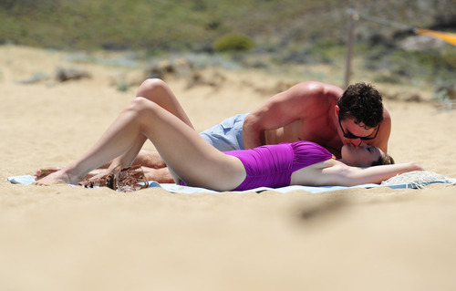 Kelly Brook in purple swimsuit on holiday (32)