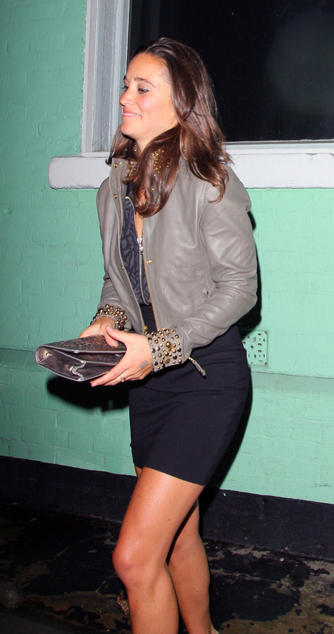 Pippa Middleton outside a nightclub in London (1)