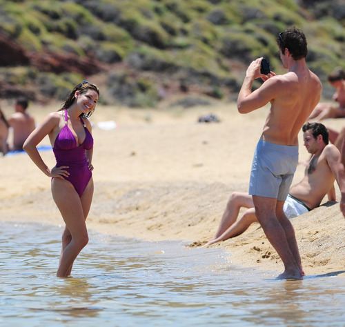 Kelly Brook in purple swimsuit on holiday (17)