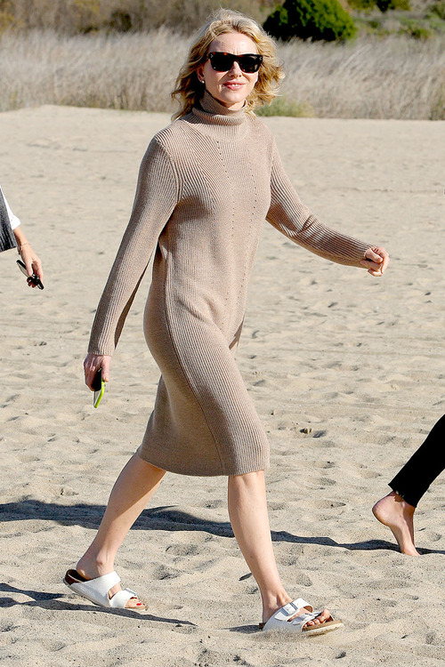 Naomi-Watts-Panty-Peek-While-Filming-A-Commercial-In-Malibu-07