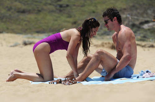 Kelly Brook in purple swimsuit on holiday (26)