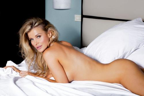 Joanna-Krupa-Naked-14
