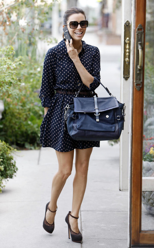 Eva Longoria - windy upskirt in Beverly Hills (7)