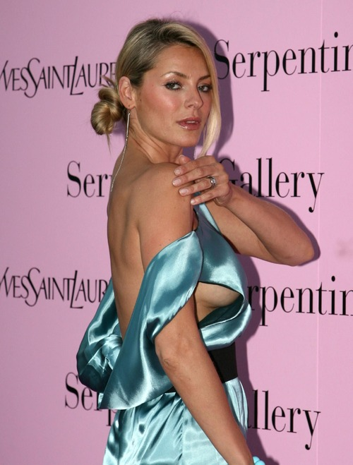 Tess Daly - Sideboob @ Serpentine Gallerys (7)