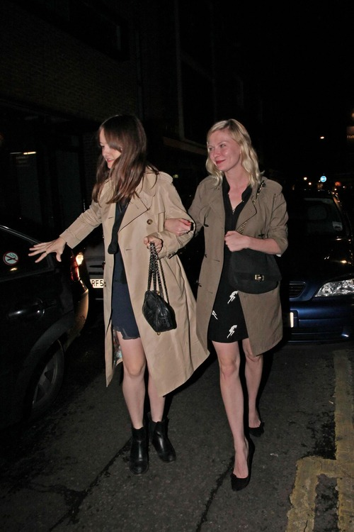 Kirsten Dunst leaving the Box in Soho London (4)